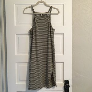 CLOSET CLEAN OUT! Adorable green striped dress